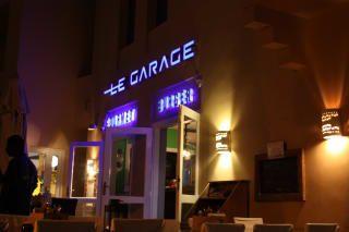 Restaurant Le Garage : Street hockey night in canada at le garage winnipeg free press