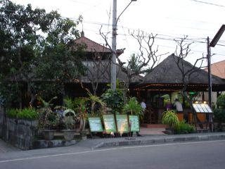 Avis - Restaurant Apa Kabar