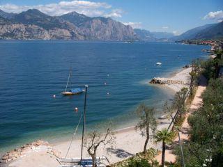 Reviews- Brenzone Beach Promenade