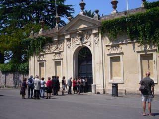 Reviews- Piazza Cavalieri di Malta