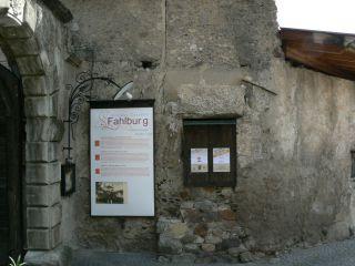 Reviews- Fahlburg Castle