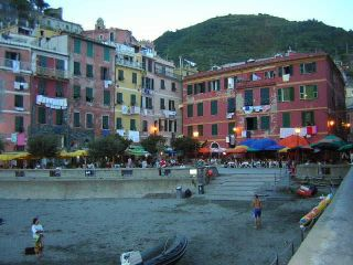 Reviews- Old Town Vernazza