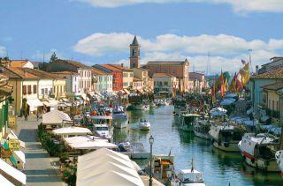 Reviews- Porto Canale Harbor