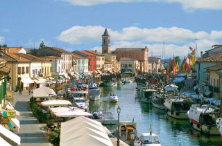 Reviews- Porto Canale Harbor