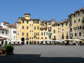 Reviews- Old Town Lucca