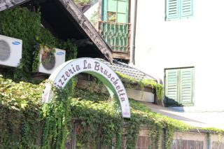 Avis - Pizzeria La Bruschetta