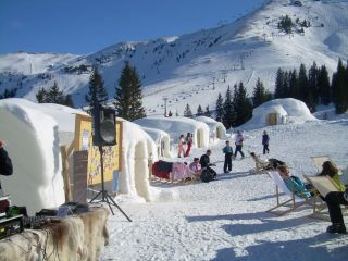 Reviews- Alpeniglu village of Kitzbühel