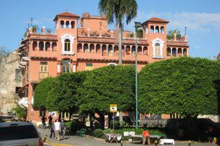 Recenze Čtvrť Casco Viejo