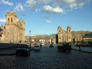 Reviews- Plaza de Armas Square