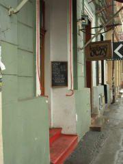Avis - Pub Królicze Oczy