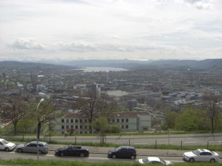 Reviews- Zurich-Höngg District