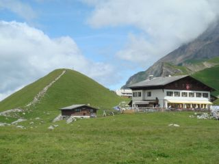 Reviews- Engstligeralp