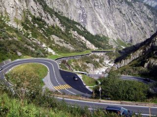 Reviews- Sankt Gotthard Pass Mountain Pass