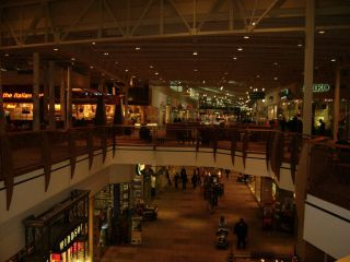 Jersey Gardens Outlet Mall In Elizabeth Holidaycheck