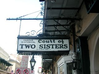 Reviews- Court of Two Sisters Restaurant