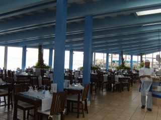 Reviews- Club de Mar Restaurant