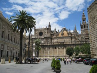 der gr te altar der welt kathedrale von sevilla in sevilla holidaycheck. Black Bedroom Furniture Sets. Home Design Ideas
