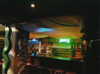 Reviews- Maui Bar