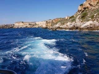 Recenze Okružní plavba přístavem Mahon