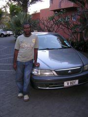 Taksówkarz Vishal Bhowany Belle Mare