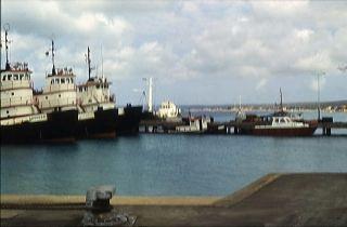 Avis - Hafen Kralendijk