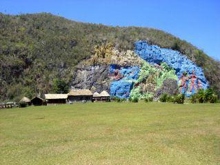 Avis - Mural de la Préhistoire