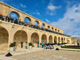 Avis - Upper Barrakka Gardens
