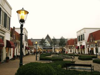 Tegel Outlet Gouda : Outlet shopping bataviastad in lelystad u holidaycheck