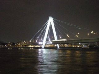 Avis - Severinsbrücke