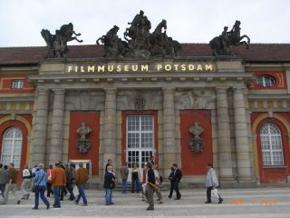 Reviews- Potsdam Film Museum