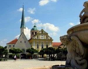 Avis - Kapellplatz