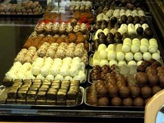 Avis - Café Cron und Lanz