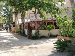 Reviews- Bah Kuh Libre Bar (closed)