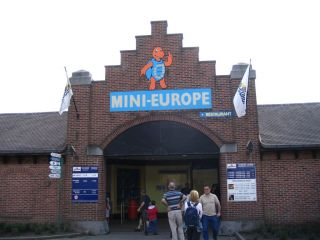 Reviews- Mini Europe Amusement Park