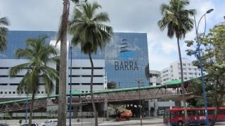 Avis - Centre commercial Barra Shopping