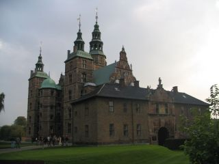schloss rosenborg in kopenhagen holidaycheck. Black Bedroom Furniture Sets. Home Design Ideas