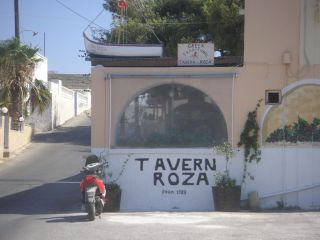 Avis - Taverne Roza