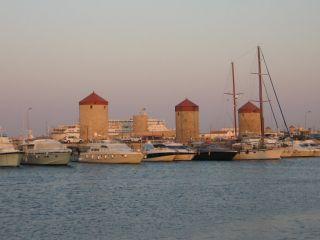 Avis - Port de plaisance Mandraki de Rhodos