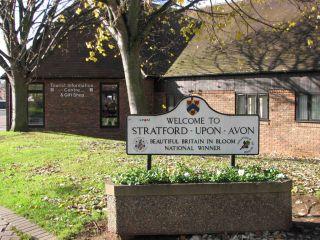 Reviews- Stratford City