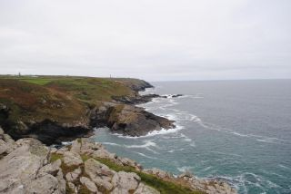 Reviews- Pendeen Lighthouse