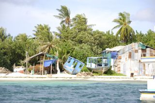 Reviews- Dhangethi Island